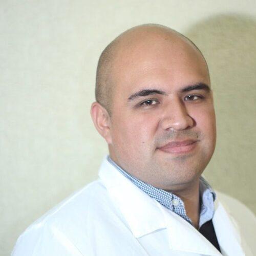 Dr. Raúl Parra Castañeda